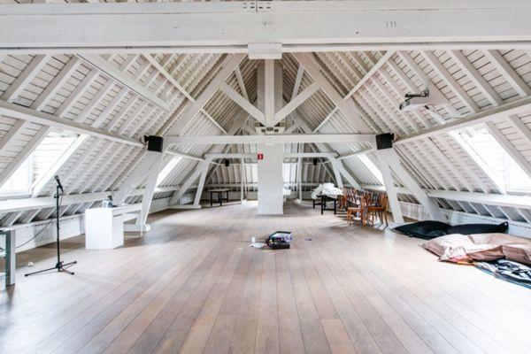 Photo d'une salle à louer à Anvers, Anvers, Dans la villa de Louis 1227