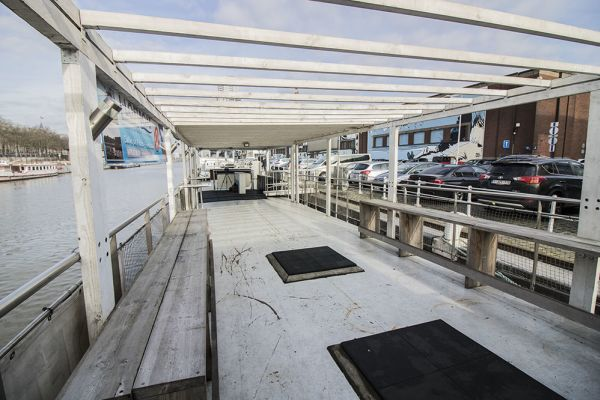 Picture of an event venue rental in Brussel, Brussels, Inside Christian's houseboat 5883