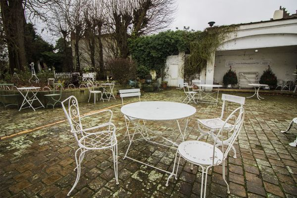 Picture of an event venue rental in Bevere, East Flanders, Inside Julien & Lena's Tea Room 6086