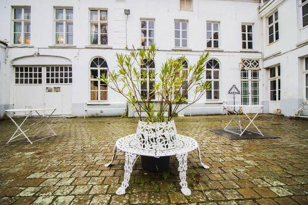 Picture of an event venue rental in Bevere, East Flanders, Inside Julien & Lena's house: Ground floor & Tea Room 6155