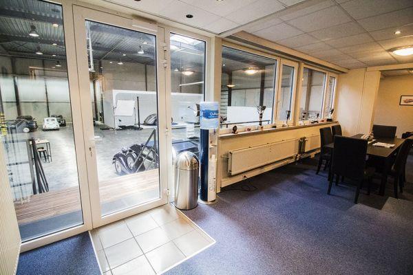Photo d'une salle à louer à Braine-le-Château, Brabant Wallon, Dans l'entrepôt & le studio de Franck 6513