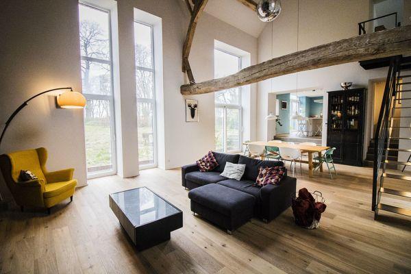 Feestzaal verhuren in Aineffe, Luik, In het huis van Damien & Christelle 7402