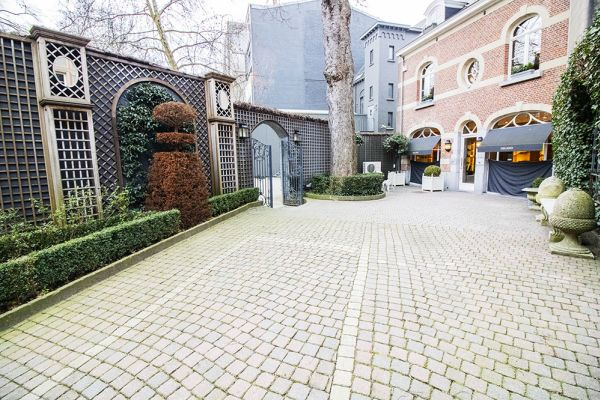 Picture of an event venue rental in Elsene, Brussels, Inside the courtyard of the Maison Degand 7914