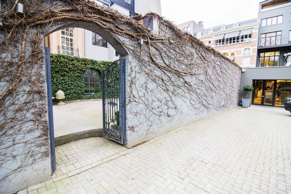 Picture of an event venue rental in Elsene, Brussels, Inside the courtyard of the Maison Degand 7928
