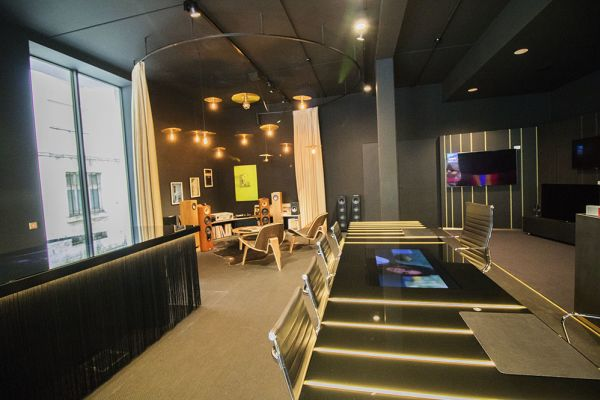 Picture of an event venue rental in Bost, Flemish Brabant, Inside Philip's showroom 8129