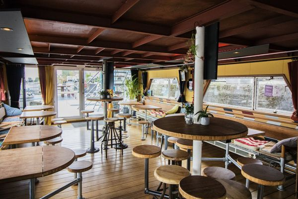 Picture of an event venue rental in Gand, East Flanders, Inside Jo & Ingrid's houseboat 8598