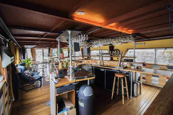 Picture of an event venue rental in Gand, East Flanders, Inside Jo & Ingrid's houseboat 8606