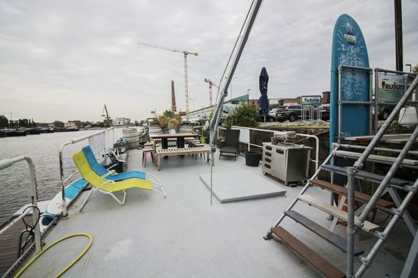 Picture of an event venue rental in Gand, East Flanders, Inside Jo & Ingrid's houseboat 8613
