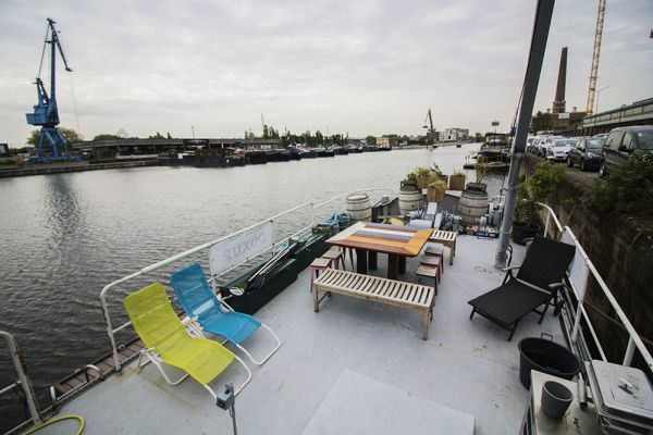 Picture of an event venue rental in Gand, East Flanders, Inside Jo & Ingrid's houseboat 8614