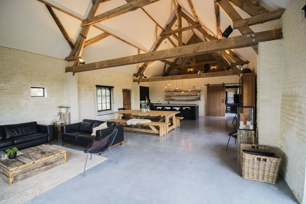 Picture of an event venue rental in Ingelmunster, West Flanders, Inside Evelien's barn 8699