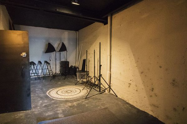 Picture of an event venue rental in Bouffioulx, Hainaut, Inside Gaetan's photo studio 9030