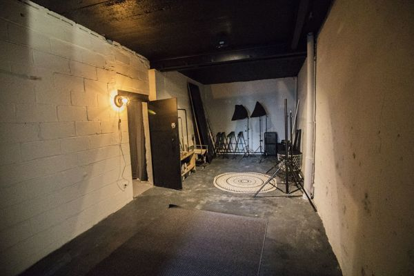 Picture of an event venue rental in Bouffioulx, Hainaut, Inside Gaetan's photo studio 9037