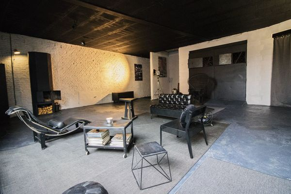 Picture of an event venue rental in Bouffioulx, Hainaut, Inside Gaetan's photo studio 9040