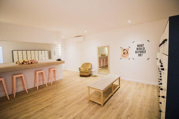Picture of an event venue rental in Rhode-Saint-Genèse, Flemish Brabant, Inside Sophie's dance studio 9055