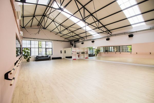 Picture of an event venue rental in Rhode-Saint-Genèse, Flemish Brabant, Inside Sophie's dance studio 9070