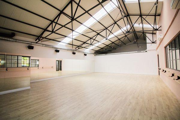 Picture of an event venue rental in Rhode-Saint-Genèse, Flemish Brabant, Inside Sophie's dance studio 9071