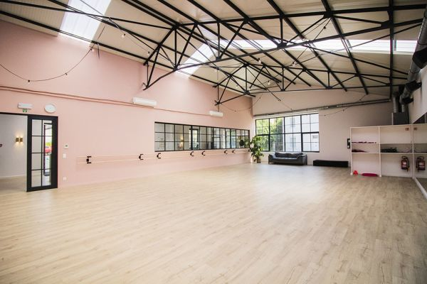 Picture of an event venue rental in Rhode-Saint-Genèse, Flemish Brabant, Inside Alexis' dance studio 9073