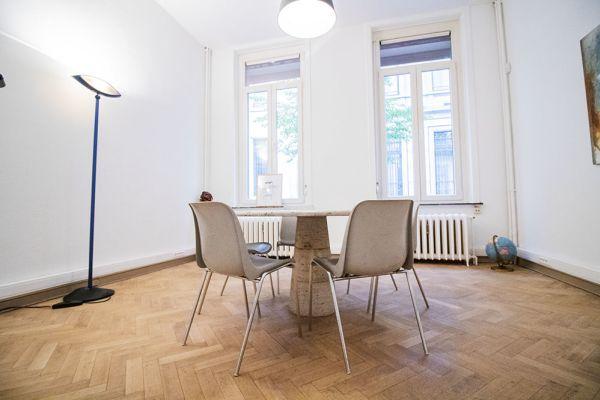 Photo d'une salle à louer à Elsene, Bruxelles, Dans l'atelier de Lou 9373