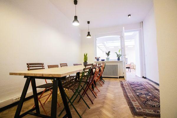 Photo d'une salle à louer à Elsene, Bruxelles, Dans l'atelier de Lou 9378