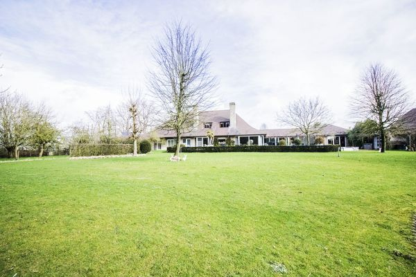 Picture of an event venue rental in Anzegem, West Flanders, Inside Geert's villa 9451