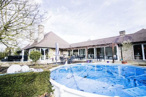 Picture of an event venue rental in Anzegem, West Flanders, Inside Geert's villa 9454