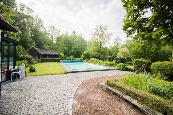 Picture of an event venue rental in Asse, Flemish Brabant, Inside Damien & Carole's house 9614
