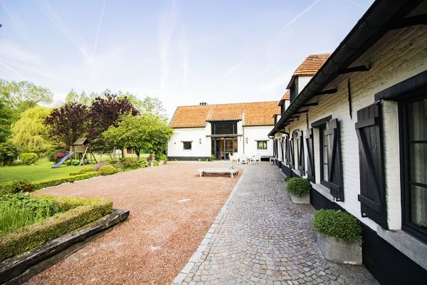 Picture of an event venue rental in Asse, Flemish Brabant, Inside Damien & Carole's house 9615