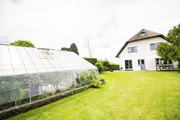 Picture of an event venue rental in Overijse, Flemish Brabant, Inside Béatrice & Christian's greenhouse 9770