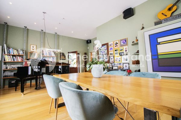 Photo d'une salle à louer à Erps-Kwerps, Brabant Flamand, Dans la maison d'Adinda 10618