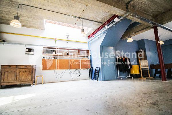Photo d'une salle à louer à Schaarbeek, Bruxelles, Dans l'entrepôt de Youmat 10323