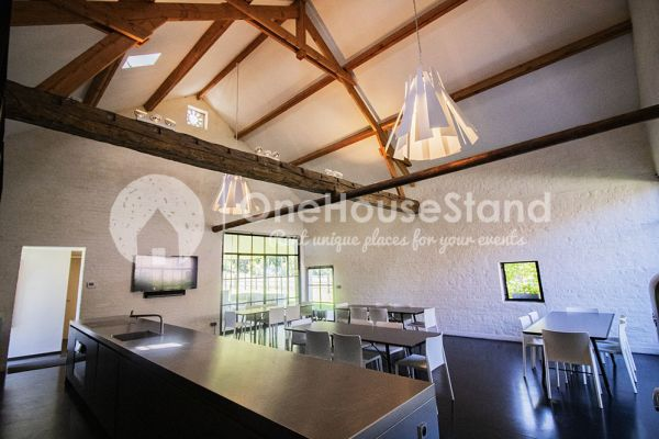 Picture of an event venue rental in Wambeek, Flemish Brabant, Inside Patricia's barn 10739