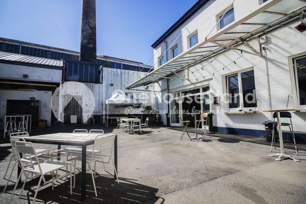 Picture of an event venue rental in Molenbeek-Saint-Jean, Brussels, Inside Pierre's warehouse - The bar 10936