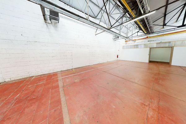 Photo d'une salle à louer à Molenbeek-Saint-Jean, Bruxelles, Dans l'entrepôt de Pierre - Salle 1 + Salle 2 + Le bar 10991