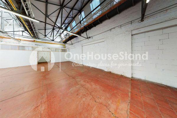 Photo d'une salle à louer à Molenbeek-Saint-Jean, Bruxelles, Dans l'entrepôt de Pierre - Salle 1 + Salle 2 + Le bar 10995
