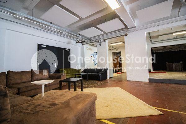 Photo d'une salle à louer à Molenbeek-Saint-Jean, Bruxelles, Dans l'entrepôt de Pierre - Salle 1 + Salle 2 + Le bar 11015