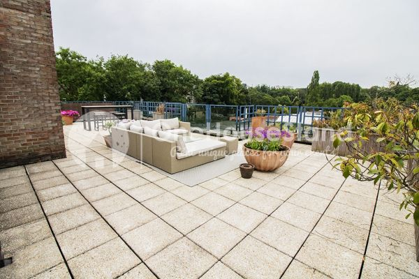 Picture of an event venue rental in Elsene, Brussels, Inside Jess & Sebastien's penthouse 11336