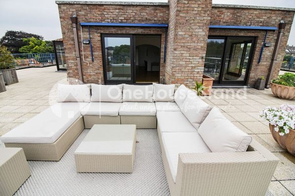Picture of an event venue rental in Elsene, Brussels, Inside Jess & Sebastien's penthouse 11339