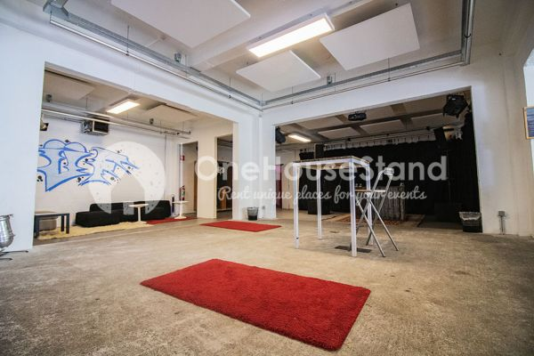 Picture of an event venue rental in Molenbeek-Saint-Jean, Brussels, Inside Pierre's warehouse - The whole space 11384