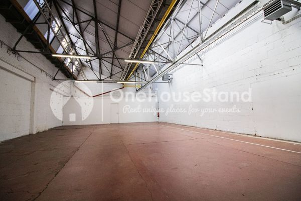 Picture of an event venue rental in Molenbeek-Saint-Jean, Brussels, Inside Pierre's warehouse - The whole space 11395