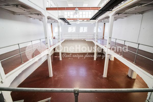 Picture of an event venue rental in Molenbeek-Saint-Jean, Brussels, Inside Pierre's warehouse - The whole space 11404