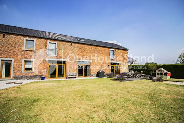 Picture of an event venue rental in Acoz, Hainaut, Inside Dorothée & Pierre-Olivier's house 11434