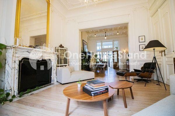 Photo d'une salle à louer à Brussel, Bruxelles, Dans la maison de Mia 11669