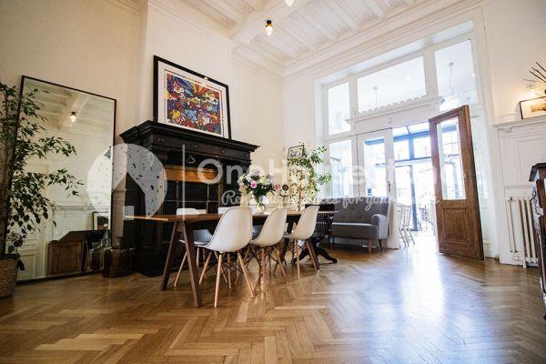 Photo d'une salle à louer à Brussel, Bruxelles, Dans la maison de Mia 11674