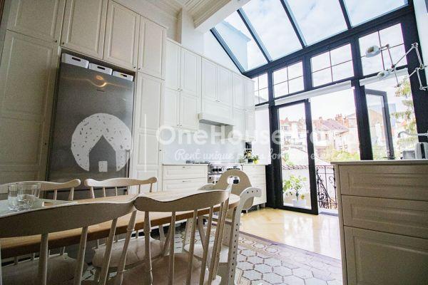 Photo d'une salle à louer à Brussel, Bruxelles, Dans la maison de Mia 11677