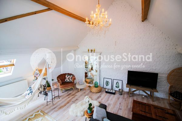 Photo d'une salle à louer à Affligem, Brabant Flamand, Dans le loft de Laura 11880