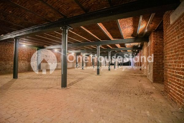 Picture of an event venue rental in Anderlecht, Brussels, Inside Maxime's basement 12112