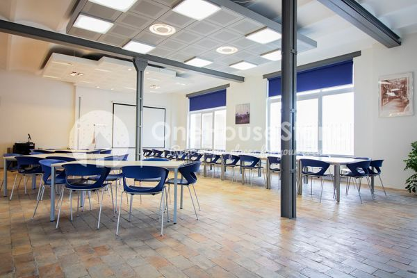 Picture of an event venue rental in Anderlecht, Brussels, Inside Maxime's showroom 12135