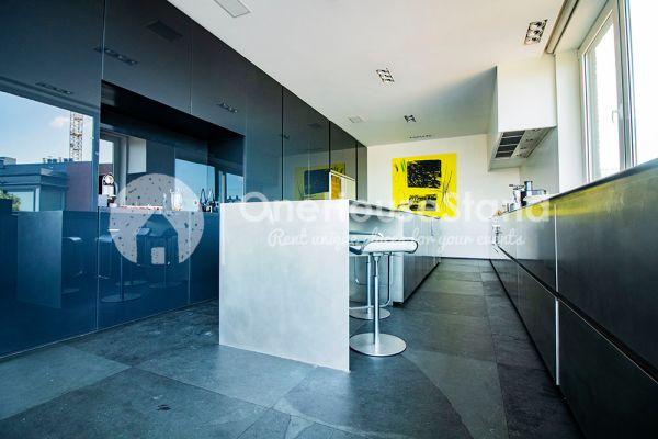 Photo d'une salle à louer à Brussel, Bruxelles, Dans le loft de Gloria 12367