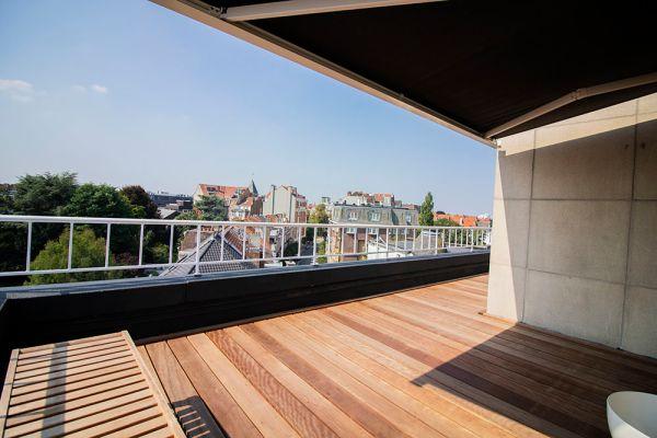 Photo d'une salle à louer à Elsene, Bruxelles, Dans le penthouse de Julien 12420