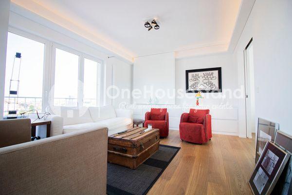 Photo d'une salle à louer à Elsene, Bruxelles, Dans le penthouse de Julien 12430